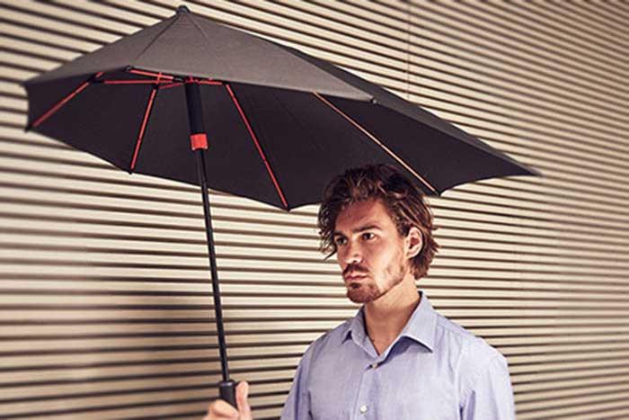 U houdt het droog met onze paraplu